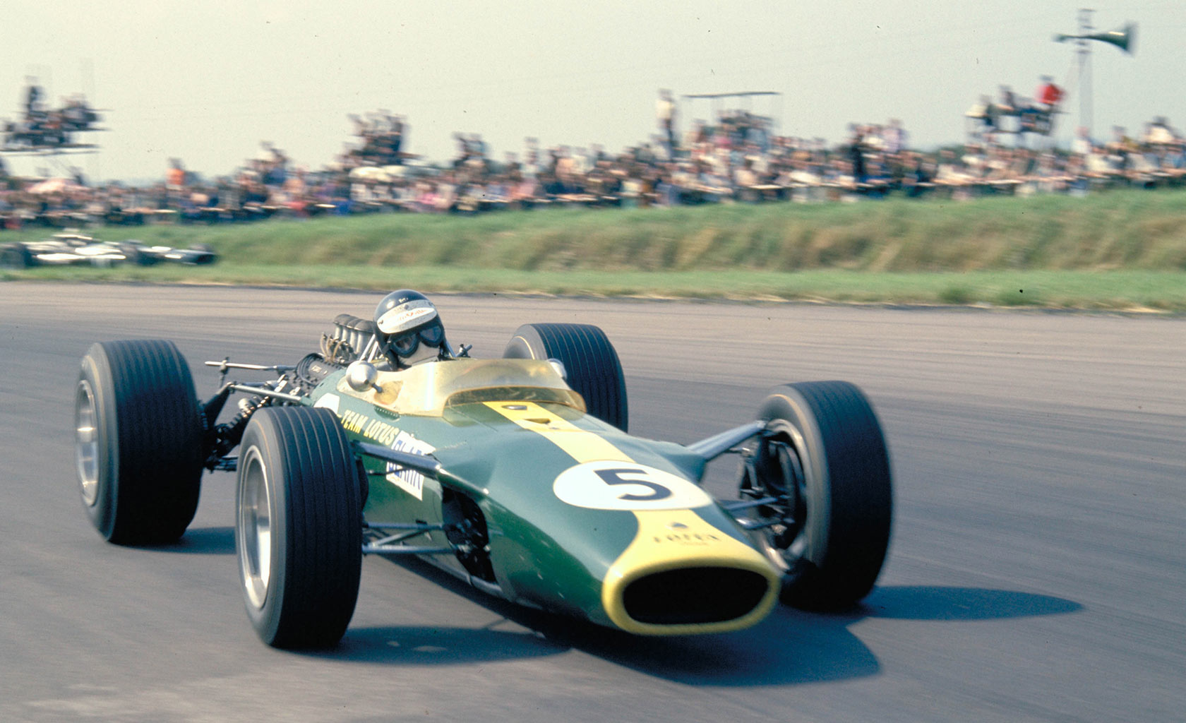 The new Lotus runs at Silverstone | joeblogsf1